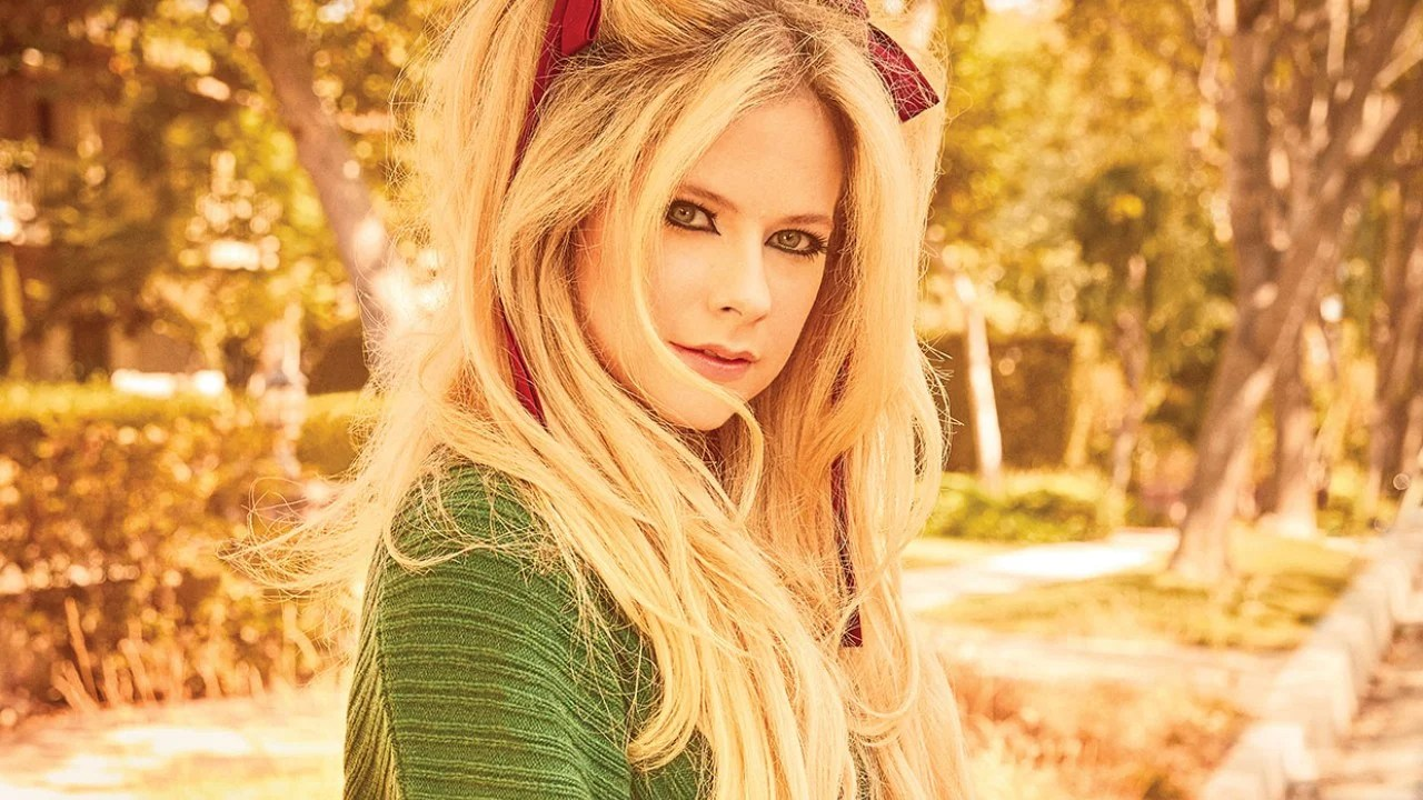 Avril Lavigne Talks Famous Ex Husbands Being In Bed For Fking 2 Years Due To Lyme Disease