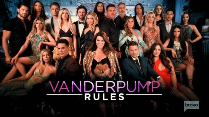 The cast of 'Vanderpump Rules' season eight.