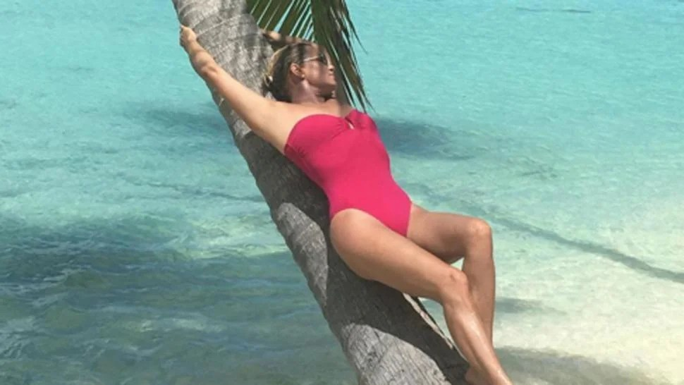 Yolanda Hadid Shows Off Hot Body In Sexy Swimsuit Snaps