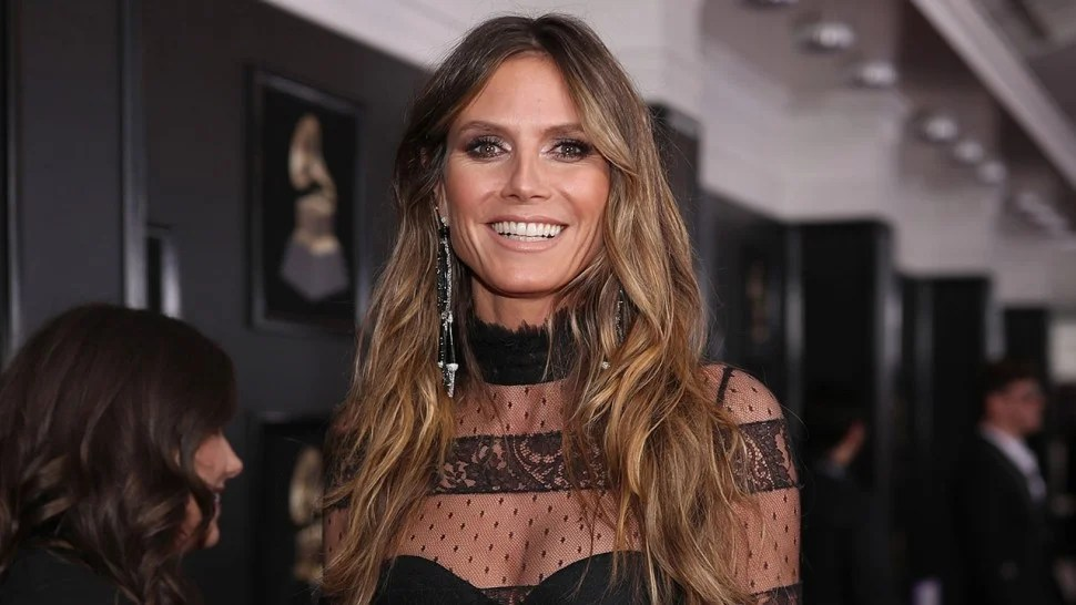 Heidi Klum Sports Jaw Dropping Lingerie Look At 2018
