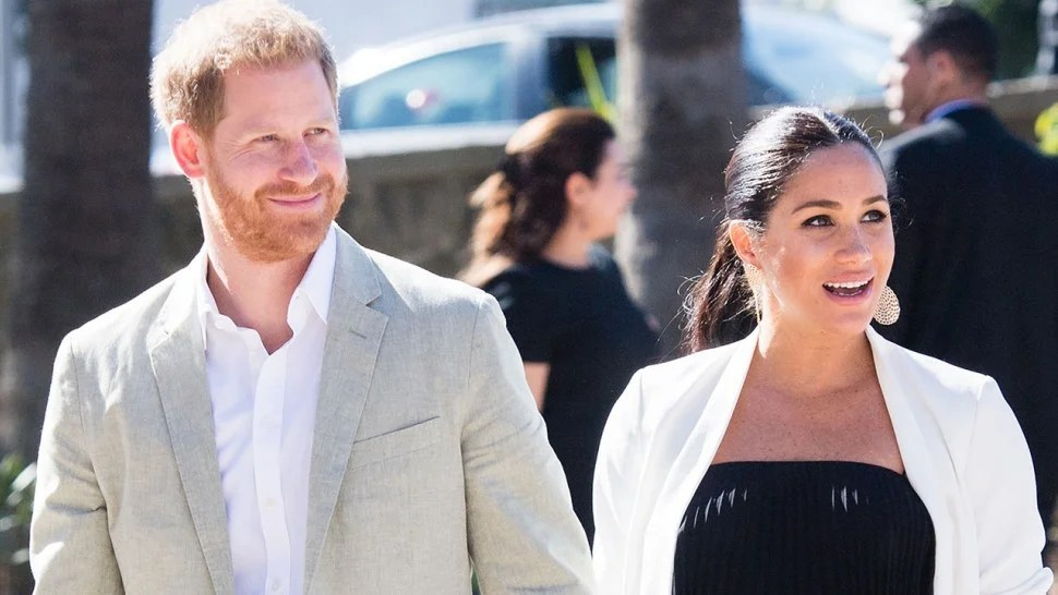 Prince Harry Sweetly Helps Meghan Markle With Her Hair