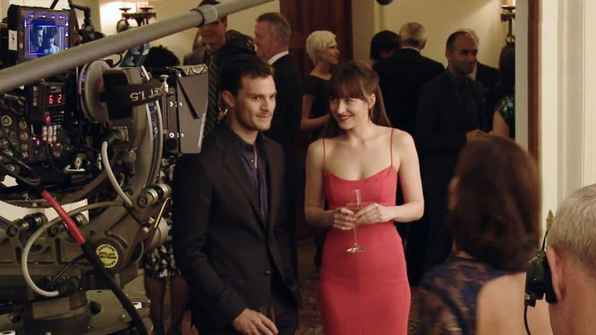 Exclusive 6 Secrets From The Fifty Shades Darker Set Entertainment Tonight