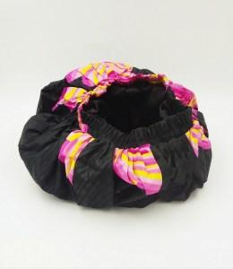 Bonnet satin rose et noir