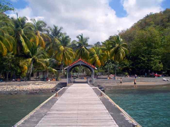 Sud Caraïbes 2014, Anse noire ©Etpourtantelletourne.fr
