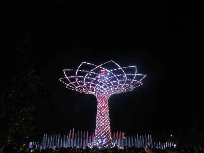 Expo Milano 2015, The Tree of Life ©Etpourtantelletourne.fr
