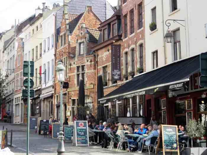 Bruxelles Marolles 2016 ©Etpourtantelletourne.fr