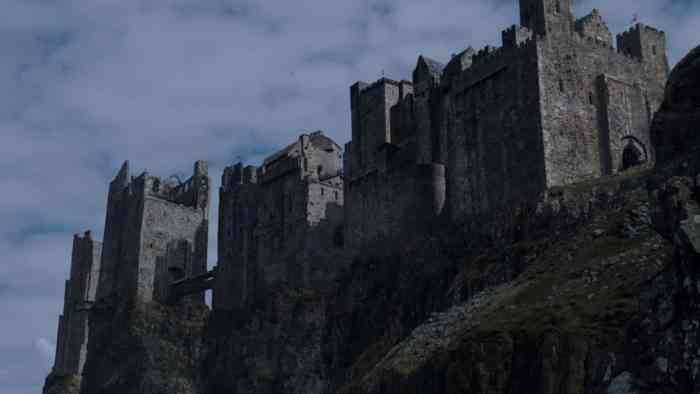 Itinéraire sur les lieux de tournage de Game of Thrones en Irlande du Nord - Dunluce Castle ©HBO