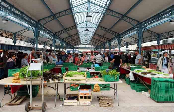 Chartres marché 2017 ©Etpourtantelletourne.fr