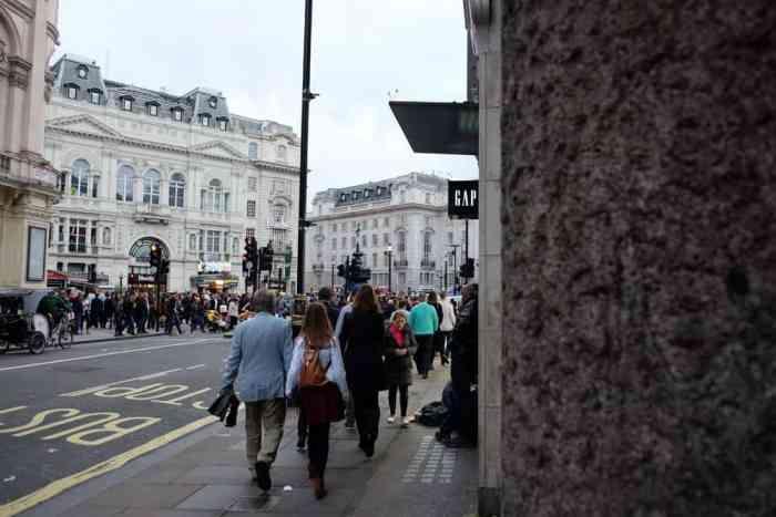 Lieux de tournage Harry Potter à Londres Piccadilly Circus ©Etpourtantelletourne.fr