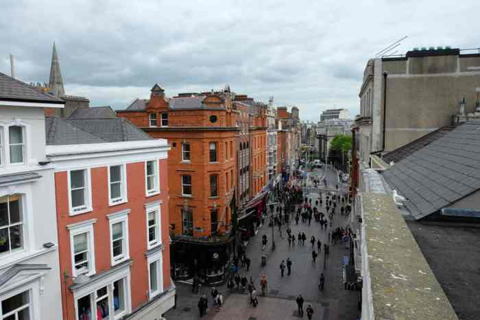Dublin grafton street roof top ©Etpourtantelletourne.fr