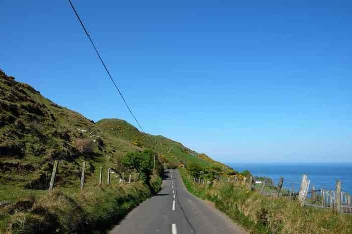irlande du nord route magnifique ©Etpourtantelletourne.fr