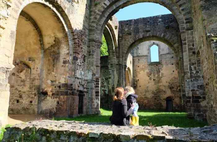 Abbaye Notre-Dame du Nid-aur-Merle à Saint-Sulpice-la-forêt ©Etpourtantelletourne.fr