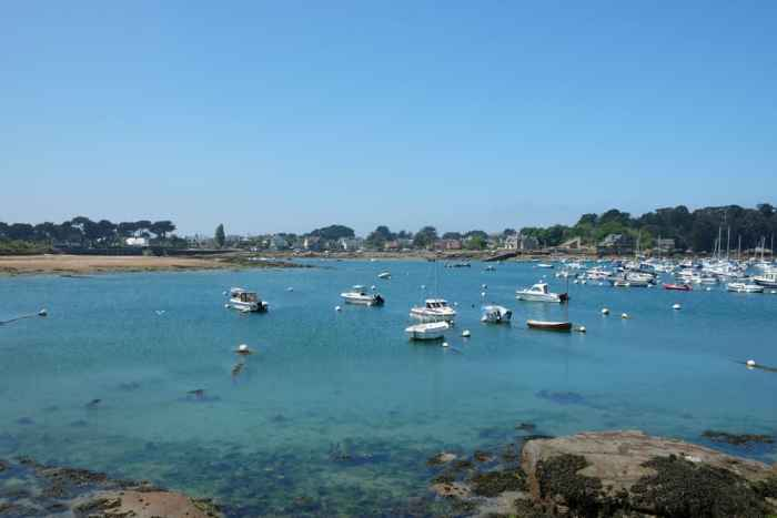 Côte de Granit Rose port de Ploumanac'h ©Etpourtantelletourne.fr
