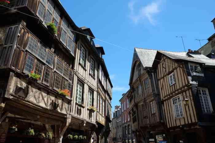 Maisons médiévales Dinan ©Etpourtantelletourne.fr