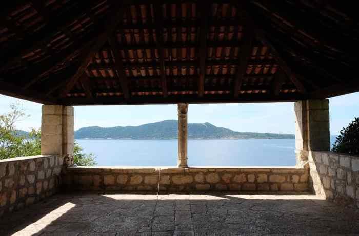 Itinéraire sur les lieux de tournage de Game of Thrones en Croatie - Dubrovnik - Arboretum de Trsteno - jardin du donjon rouge ©Etpourtantelletourne.fr