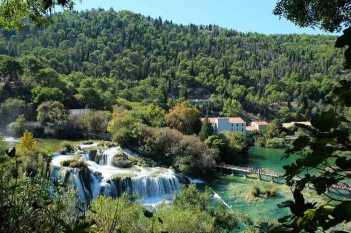 Le parc de Krka en Croatie et ses cascades ©Etpourtantelletourne.fr