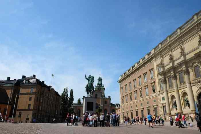 Le palais royal à Stockholm // ©etpourtantelletourne.fr