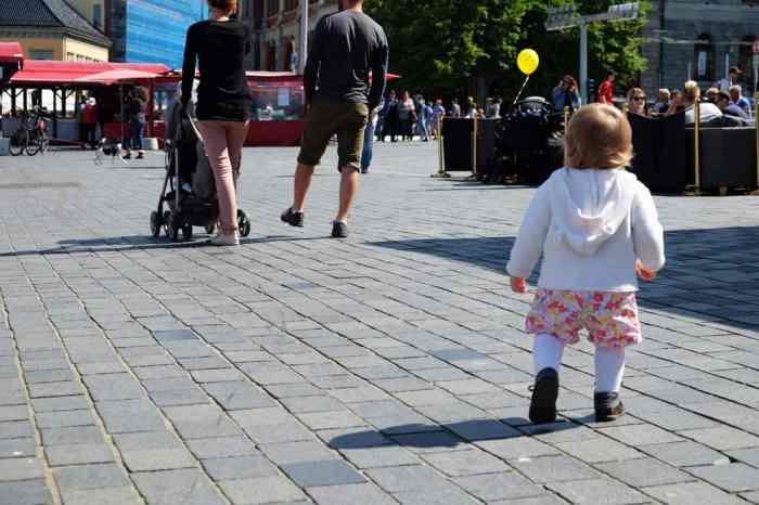 Voyager avec un bébé en Norvège ©Etpourtantelletourne.fr