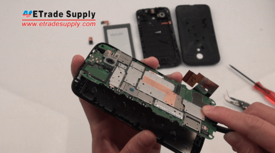 remove the Moto G logic board