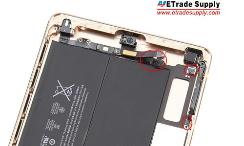 Connect the earphone jack flex cable, side key flex cable and battery flex cable to the mother board. Adhere the front facing camera to the back housing and connect it to mother board.