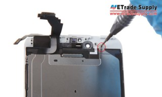 Undo the 7 screws that locking the iPhone 6 plus LCD metal plate