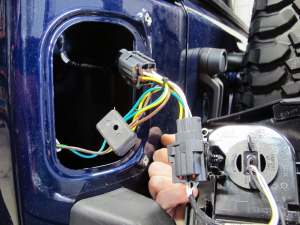 Installing Trailer Wiring Harness 2006 Jeep Liberty 2006