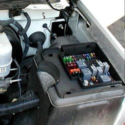Where is the Fuse Box in a 2004 Chevy Silverado | etrailer