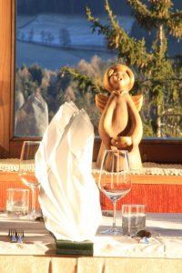 angelo bolzanino thun originale e antico con deco tavolo