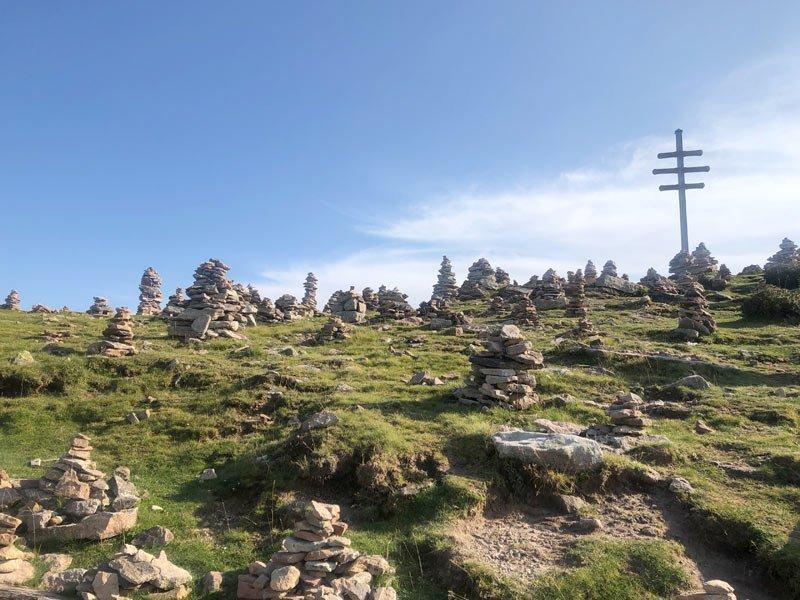 stoanerne mandln steinerne mandlen uomini di pietra meltina sarentino