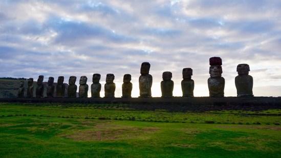 Île de Pâques - À la recherche de Rapa Nui pool