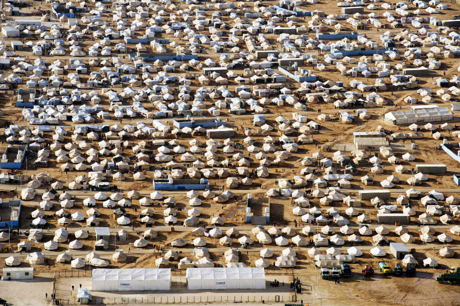 September: a month of missed opportunities and abstract proposals for tackling the refugee crisis
