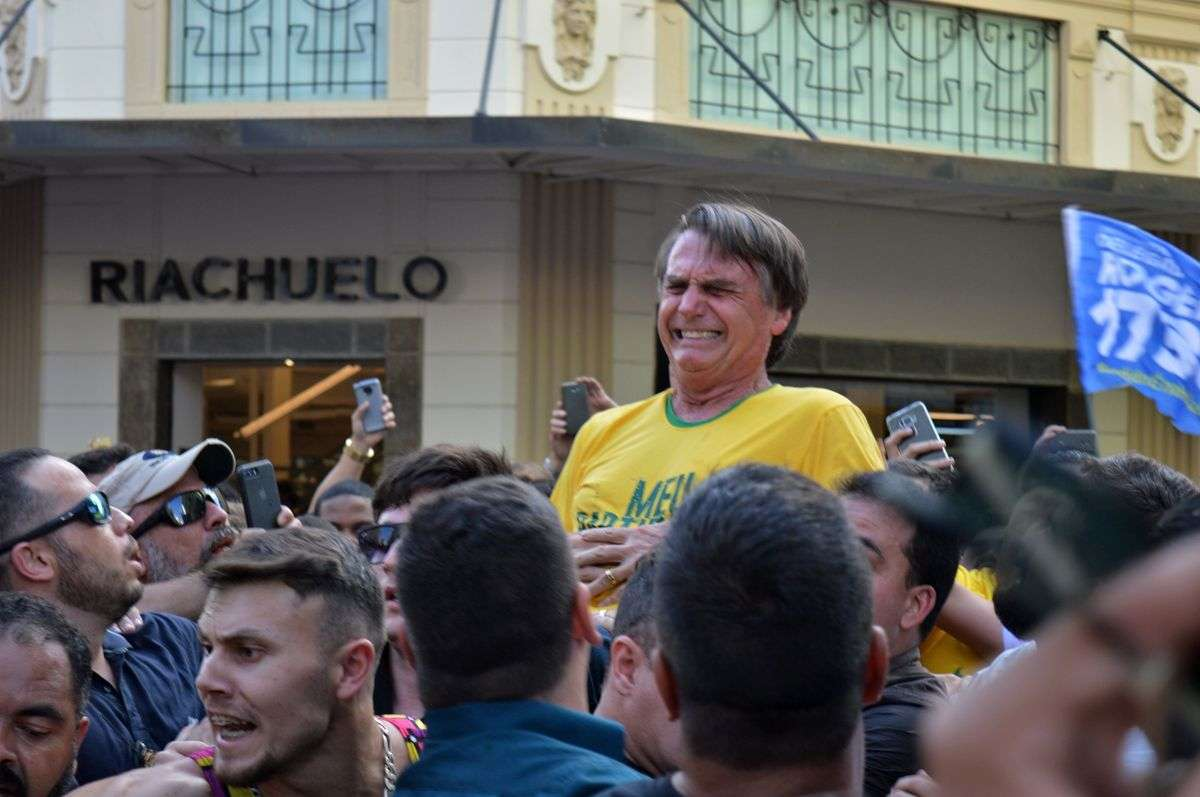 #FactOfTheDay 07/09/2018 – Brazil : Number one candidate to presidential election stabbed in the street