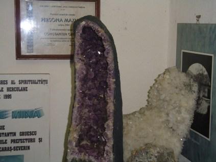 Muzeul Mineralogic Constantin Gruescu- (4)
