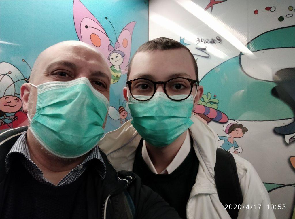 Eugenio e Remigio in ascensore OPBG
