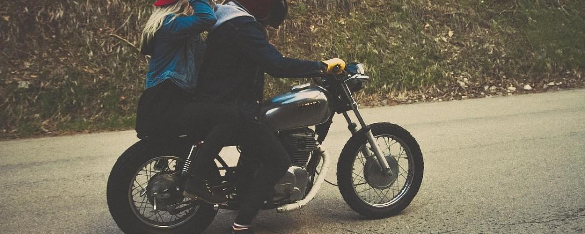 Deux motards