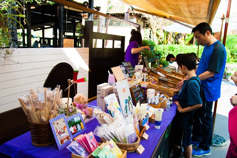 souvenirs for sale (2)