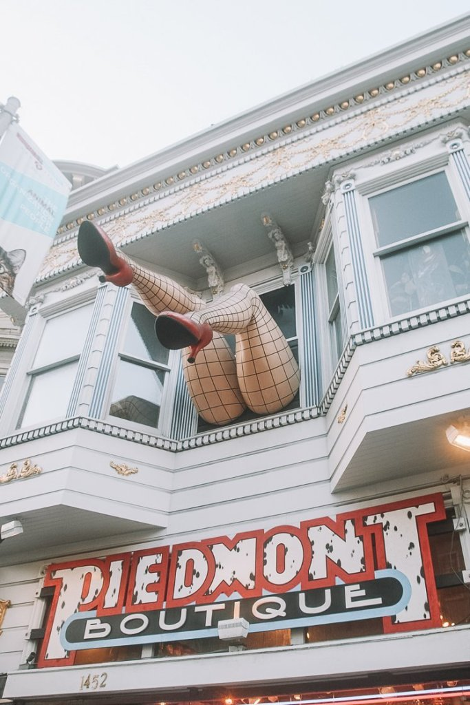 2-week US itinerary - Haight Ashbury Hippie Neighbourhood San Francisco