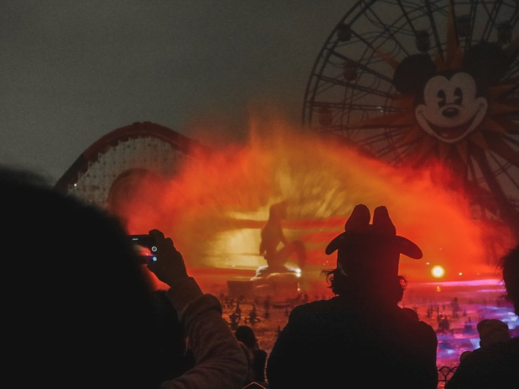 world of color show review california adventure