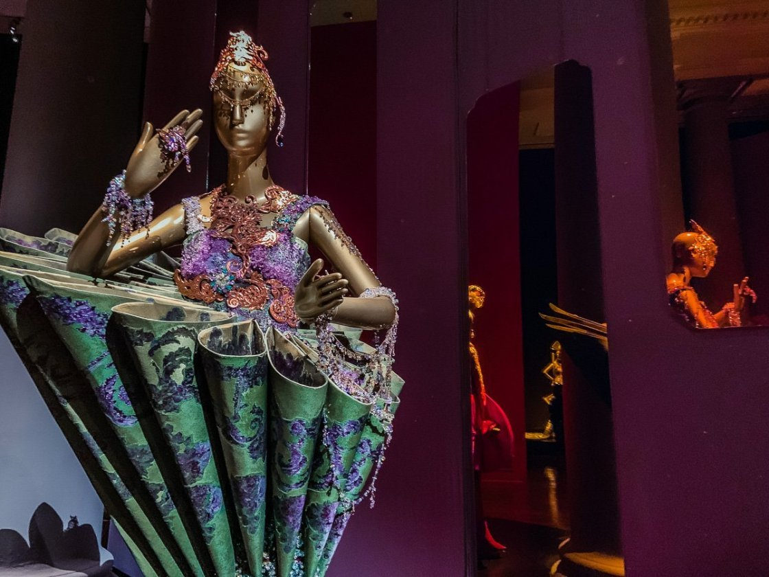 1002th Arabian Night - Guo Pei Asian Civilisations Museum Singapore
