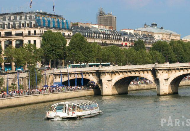 © Office de Tourisme, Paris -  La Seine, Pont-Neuf