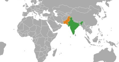 Location of India and Pakistan. Source: Wikipedia Commons.