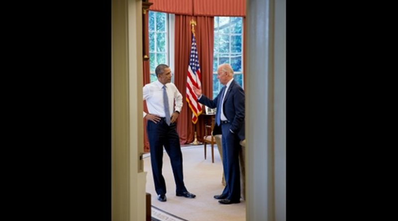 President Barack Obama talks with Vice President Joe Biden, in the Oval Office, July 29, 2015. (Official White House Photo by Pete Souza)