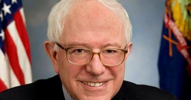 Bernie Sanders. Official portrait photo.