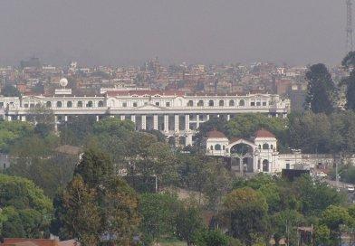 Singha Durbar, the seat of Nepal's government. Photo by Sigismund von Dobschütz, Wikipedia Commons.