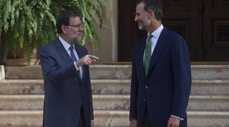 Spain's Prime Minister Mariano Rajoy and King Felipe VI. Source: Pool Moncloa.