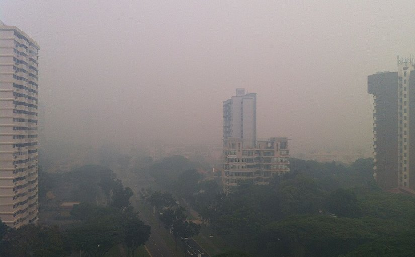 Haze in Singapore. Photo by Wolcott, Wikipedia Commons.