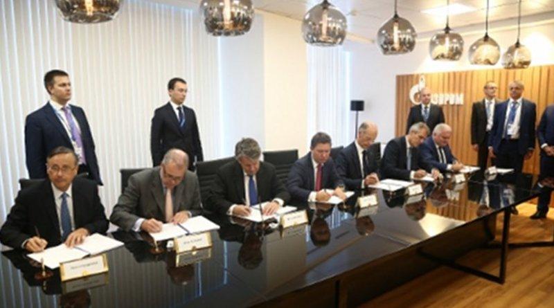 Pierre Chareyre, Klaus Schaefer, Ben van Beurden, Alexey Miller, Kurt Bock and Rainer Seele during signing of Shareholders Agreement on Nord Stream II project.