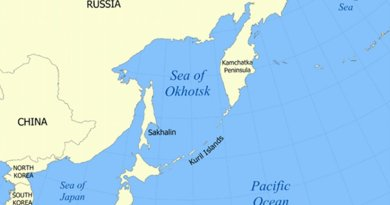 Location of the Kuril Islands in the Western Pacific between Japan and the Kamchatka Peninsula of Russia. Source: Wikipedia Commons.