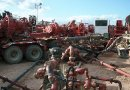 Halliburton fracturing operation in the Bakken Formation, North Dakota, United States. Photo by Joshua Doubek, Wikipedia Commons.