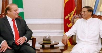 Prime Minister of Pakistan Nawaz Sharif meets with Sri Lanka President Maithripala Sirisena. Photo Credit: Sri Lanka Prime Minister Office.